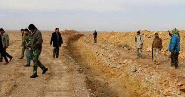 تصویر حفر خندق در اطراف نجف اشرف