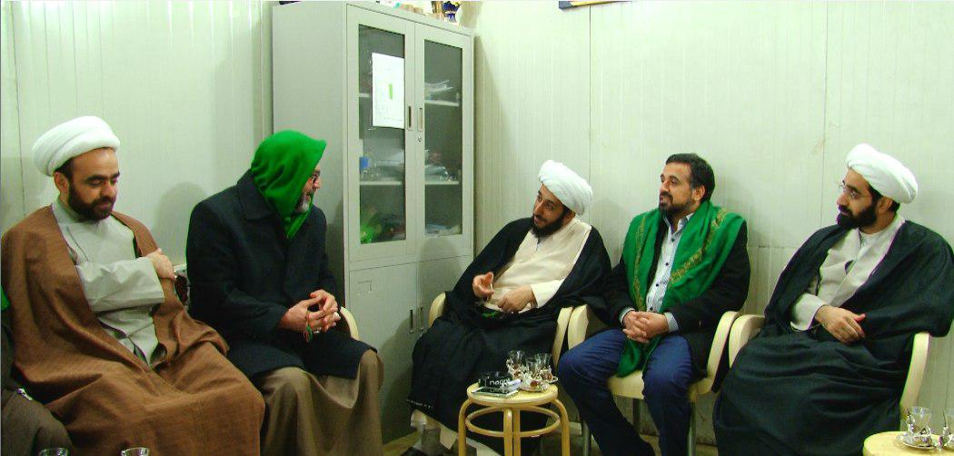 تصویر بازدید مجموعه رسانه ای امام حسین علیه السلام از مقام امام صادق علیه السلام در شهر مقدس کربلا