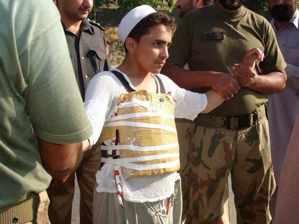 تصویر سوءاستفاده از کودکان برای انجام عملیات انتحاری در پاکستان