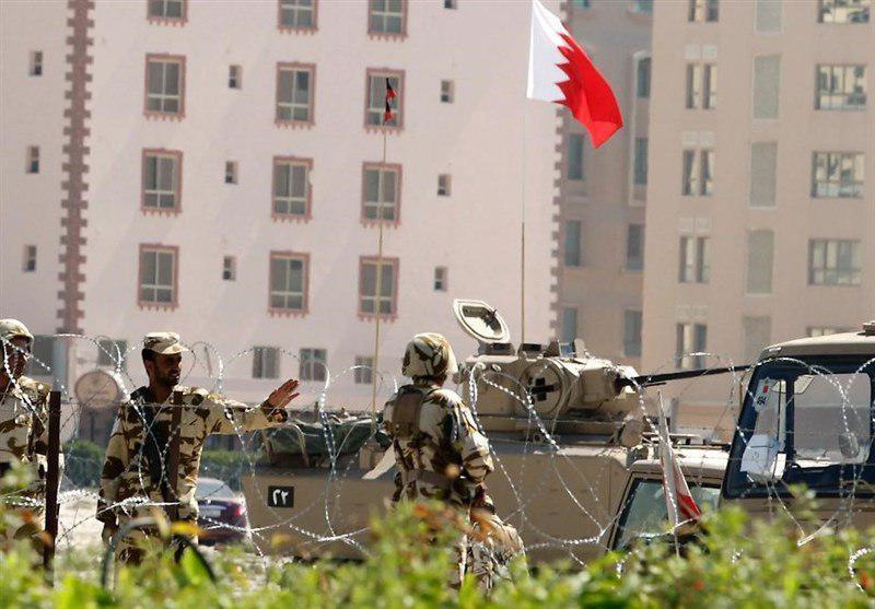 تصویر آل خلیفه به دنبال محاکمه غیرنظامیان در دادگاههای نظامی
