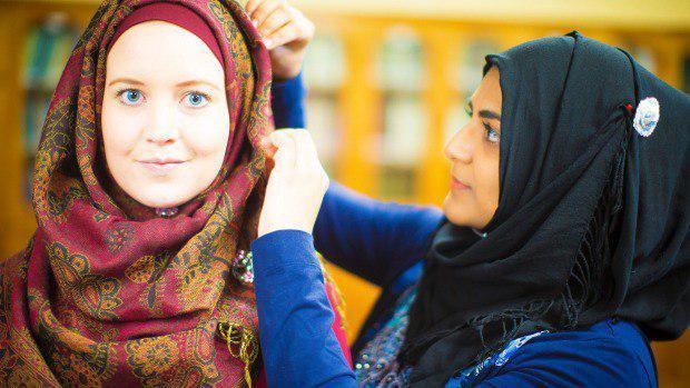 تصویر رونق صنعت لباسهای اسلامی و محجبه در استرالیا