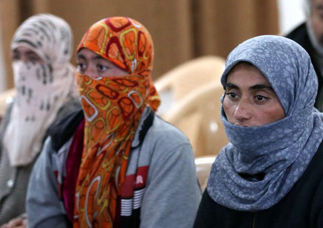 تصویر سواستفاده داعش از زنان در ننگرهار
