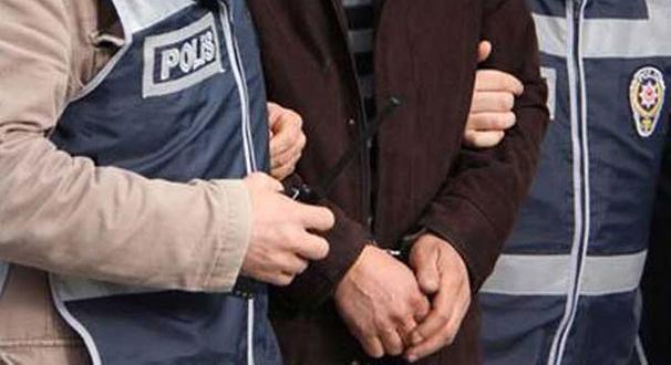 تصویر ۶۰ روز زندان مجازات فرستادن صلوات