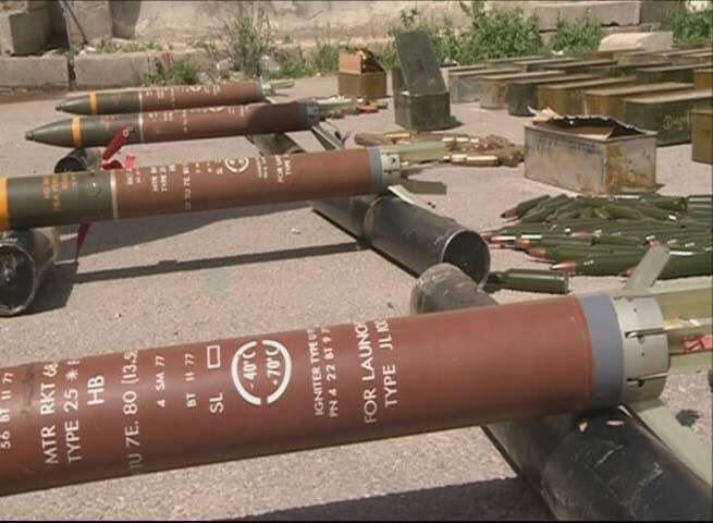 تصویر کشف مقادیری سلاح در حومه دمشق