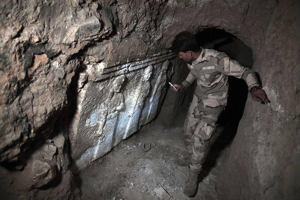 تصویر کشف تونلهای مخفیانه داعش برای ورود به یک کاخ زیرزمینی 2600 ساله
