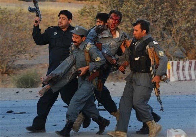 تصویر حمله طالبان به فرمانداری شهرستان نیش