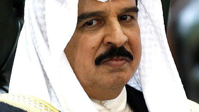تصویر موافقت نهایی پادشاه بحرین با افزایش اختیارات دستگاه قضایی نظامی