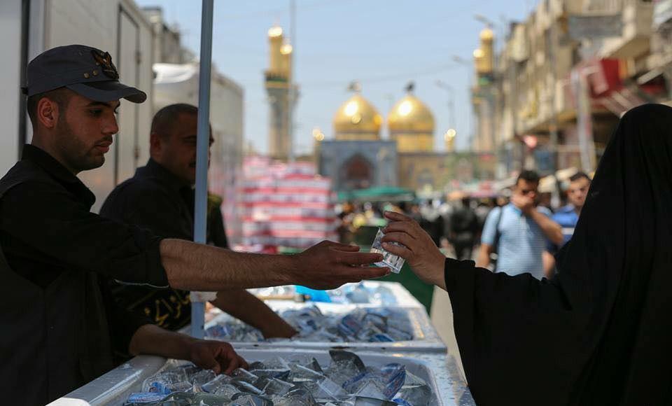 تصویر خدمات دهی ۱۸۰۰ موکب به زائران امام کاظم علیه السلام در شهر مقدس کاظمین