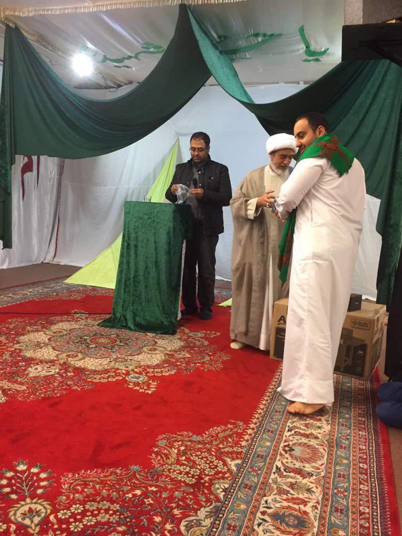 تصویر بازدید هیئتی به نمایندگی از اتحادیه علمای دین در بریتانیا از برخی مراکز اسلامی اروپا