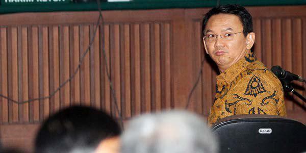 تصویر محکومیت فرماندار جاکارتا به خاطر اهانت به مقدسات