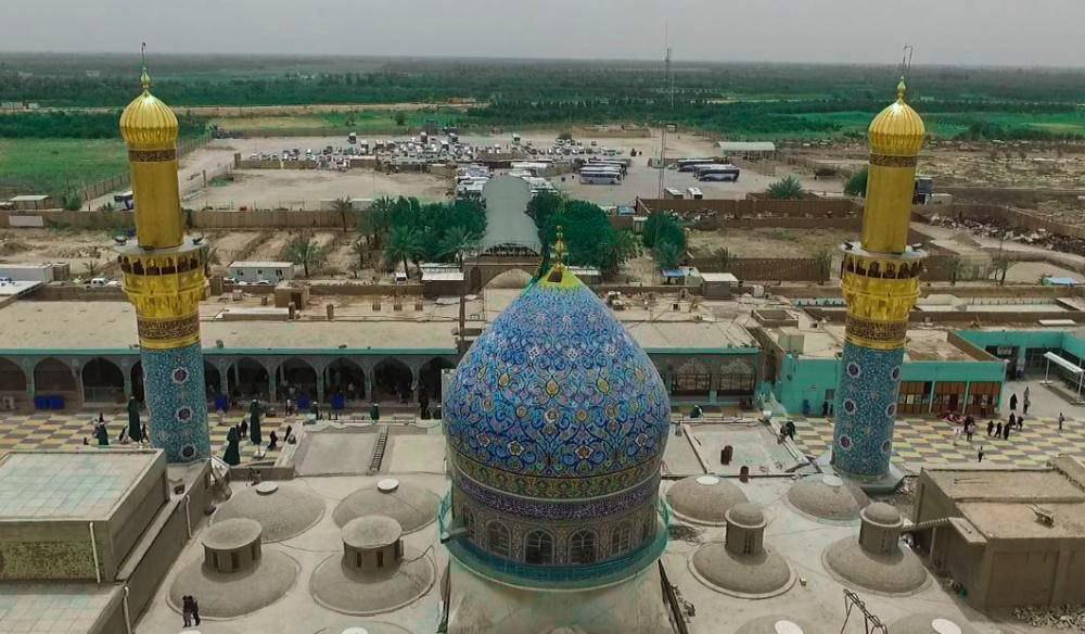 تصویر طلاکاری منارههاي حرم «امام زاده سيد محمد» در نزديكى شهر سامراي عراق