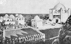 تصویر برگزاری همایش در خصوص ویرانی قبور ائمه بقیع و کلیساها