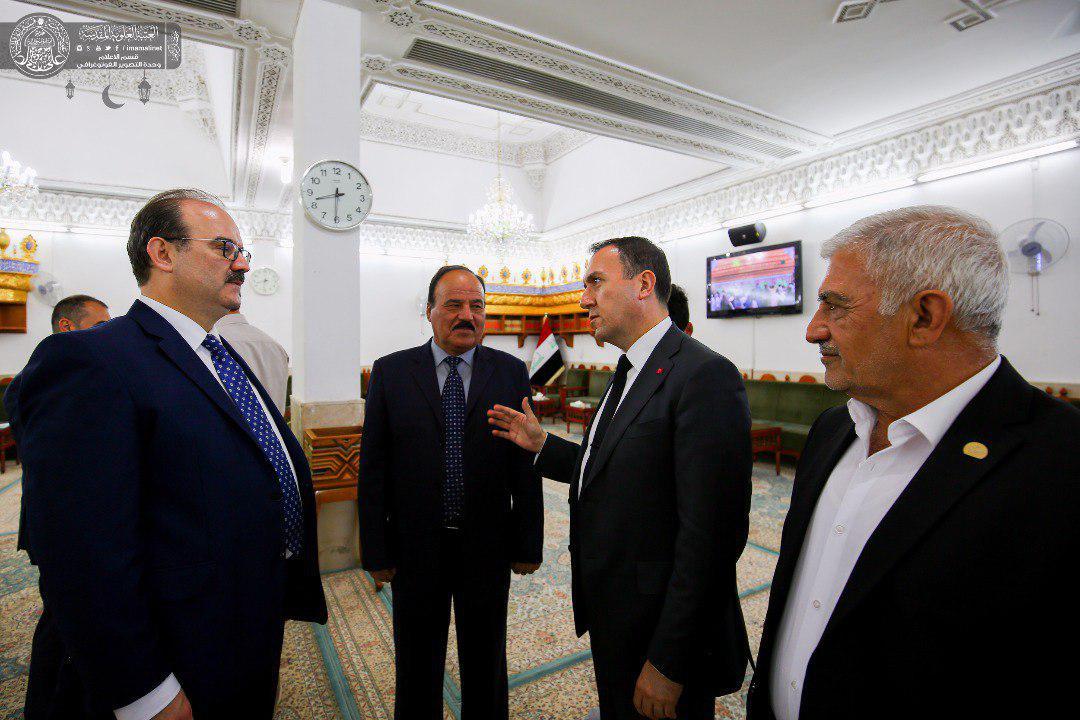 تصویر سفیر ترکیه: امیرالمومنین علیه السلام الگویی بزرگ برای عدالت خواهان جهان هستند.