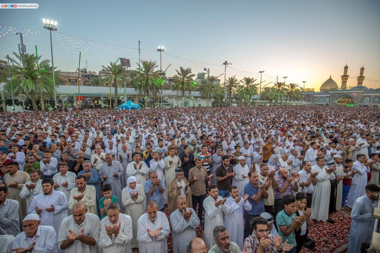 تصویر برگزاری نماز عید سعید فطر در نقاط مختلف جهان