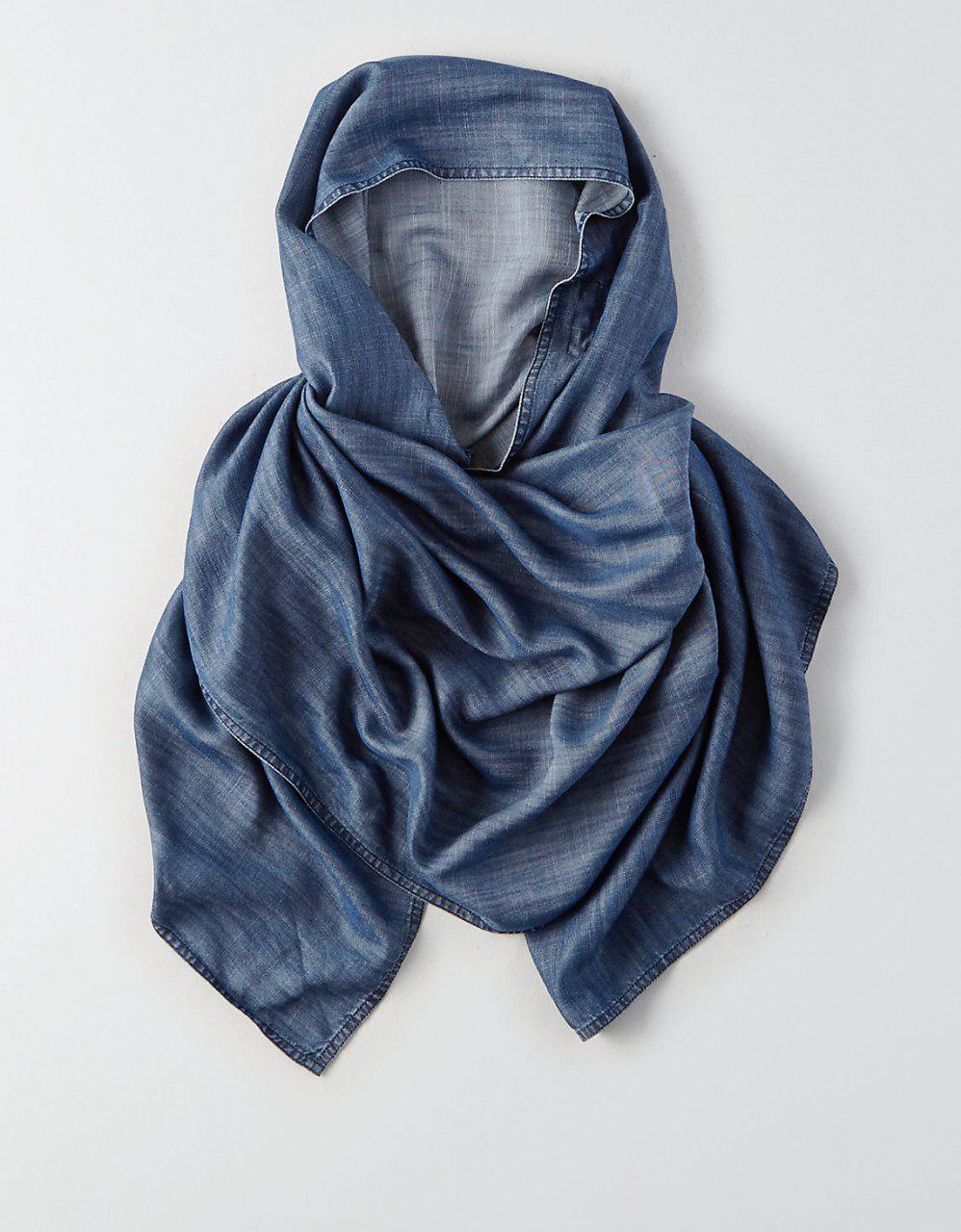 تصویر تولید و فروش روسری توسط یک برند معروف آمریکایی