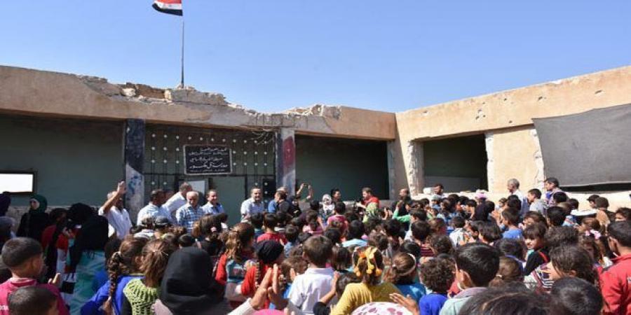 تصویر بازگشت غیر نظامیان سوری به حلب
