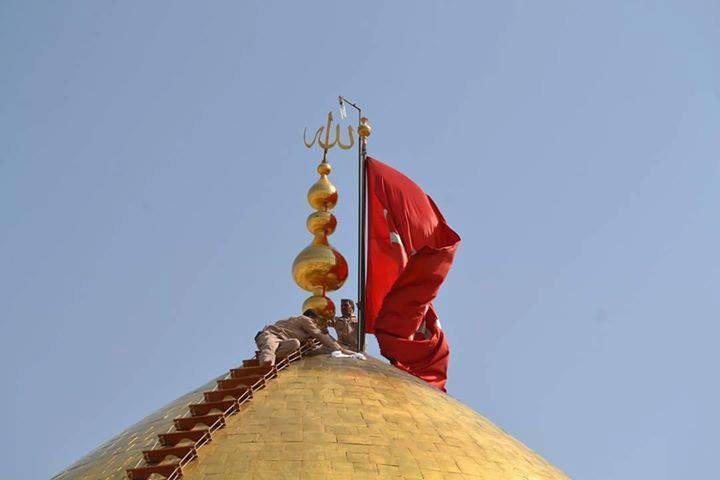 تصویر گزارش تصویری ـ شست و شوی گنبد مطهر حرم سید «الشهدا علیه السلام » در شهر مقدس کربلا
