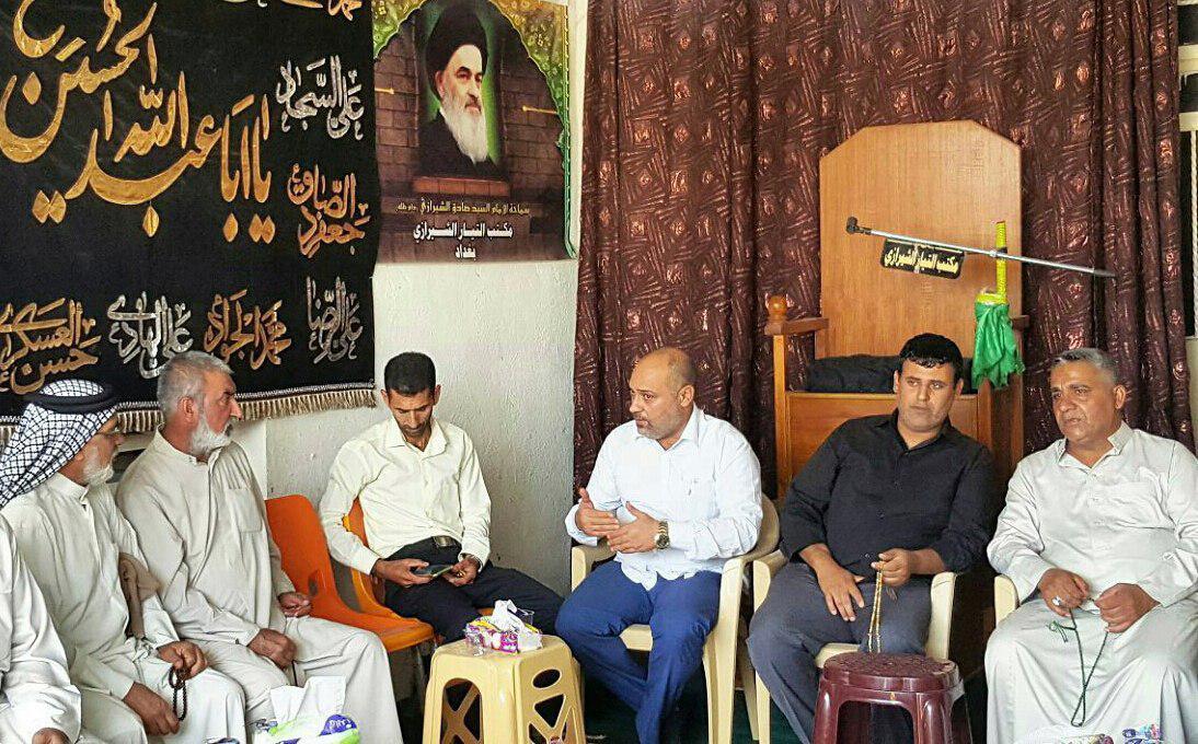 تصویر دفتر مرکز ارادتمندان مرجعیت، پذیرای جمعی از مؤمنان و رؤسای مواکب و هیئت های حسینی شهر بغداد