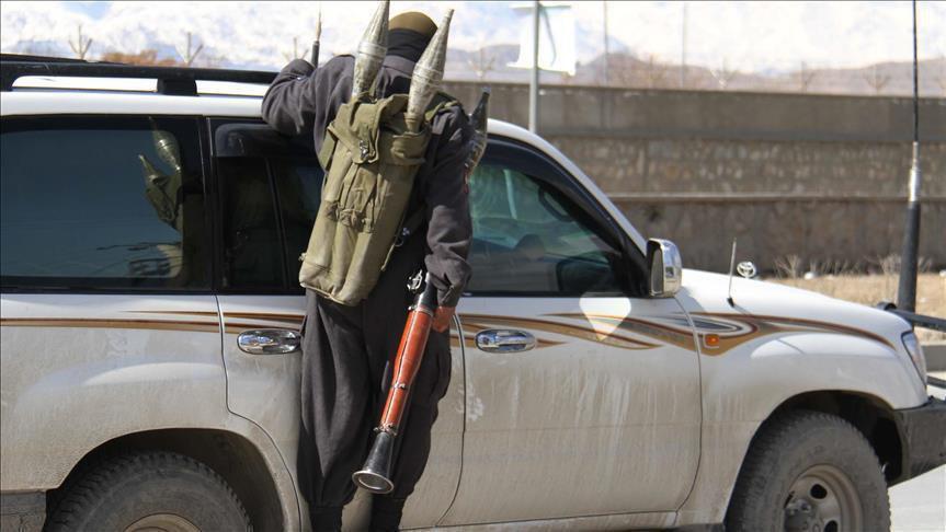 تصویر کشته شدن پنج پلیس افغان در درگیری با سنی های تندروی طالبان