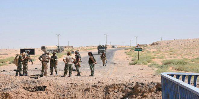 Photo of تسلط نیروهای سوری بر یک میدان نفتی در حومه دیرالزور