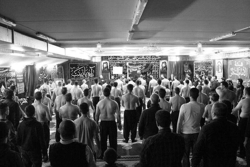 تصویر گزارش تصویری ـ مراسم عزاداری در حسینیه امام حسن مجتبی علیه السلام به مناسبت فرا رسیدن ماه محرم در استکهلمِ سوئد