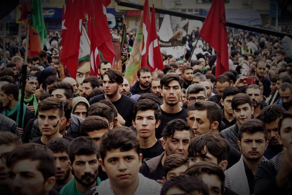 تصویر گزارش تصویری – #عزادارى_شيعيان_جهان – دسته بزرگ عزاداران حسینی در روز عاشورا استانبول ـ ترکیه