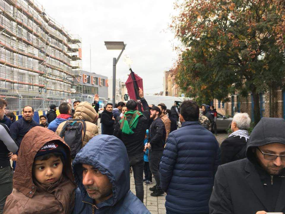 تصویر تجمع شیعیان بلژیک در میدان «جان باتیست»