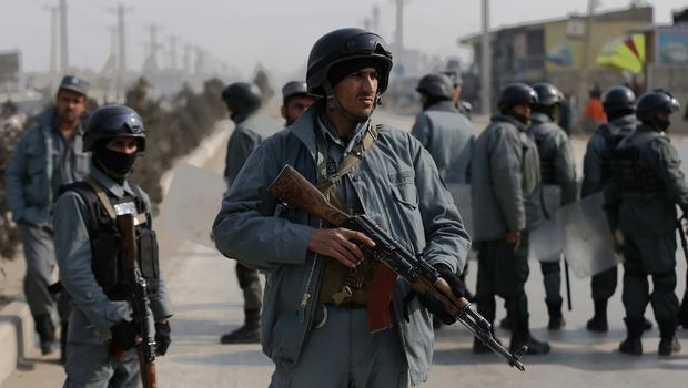 تصویر تلفات نیروی امنیتی افغانستانی در درگیری با طالبان