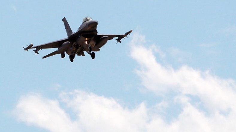 تصویر ۲۵ داعشی در حمله جنگندههای عراق کشته شدند
