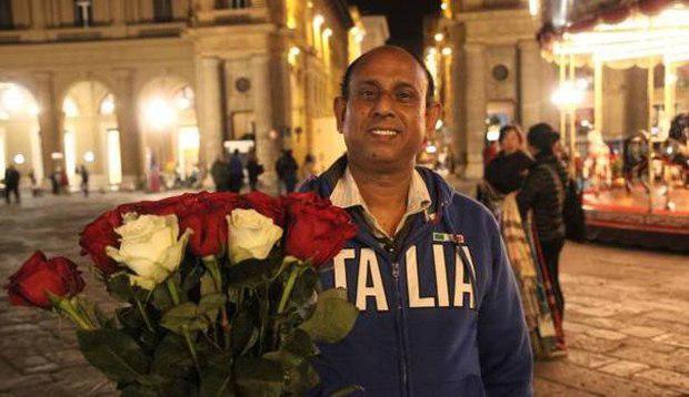 تصویر گل فروش مسلمان زن جوان ایتالیایی را از دست مردان مست نجات داد