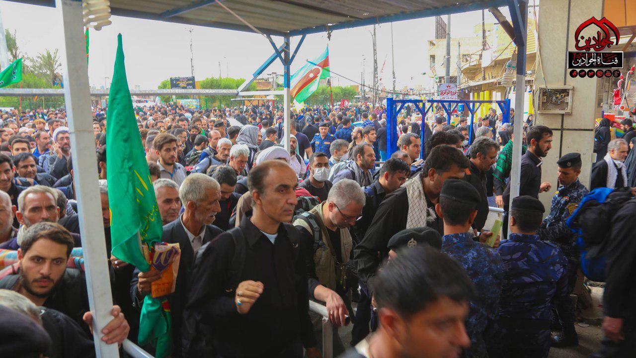 تصویر گزارش تصویری ـ حضور میلیونی زائران اربعین در شهر مقدس کاظمین
