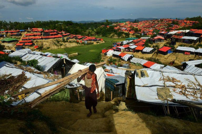 تصویر گزارش تکاندهنده یک گروه حقوق بشری آسیایی از سوزاندن مسلمانان روهینگیا