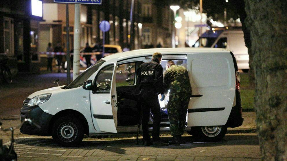 تصویر بازداشت دو عضو گروه تروريستى جبهة النصره در هلند