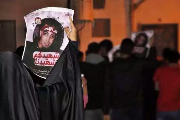 تصویر تظاهرات بحرینیها در همبستگی با شیعیان عربستان