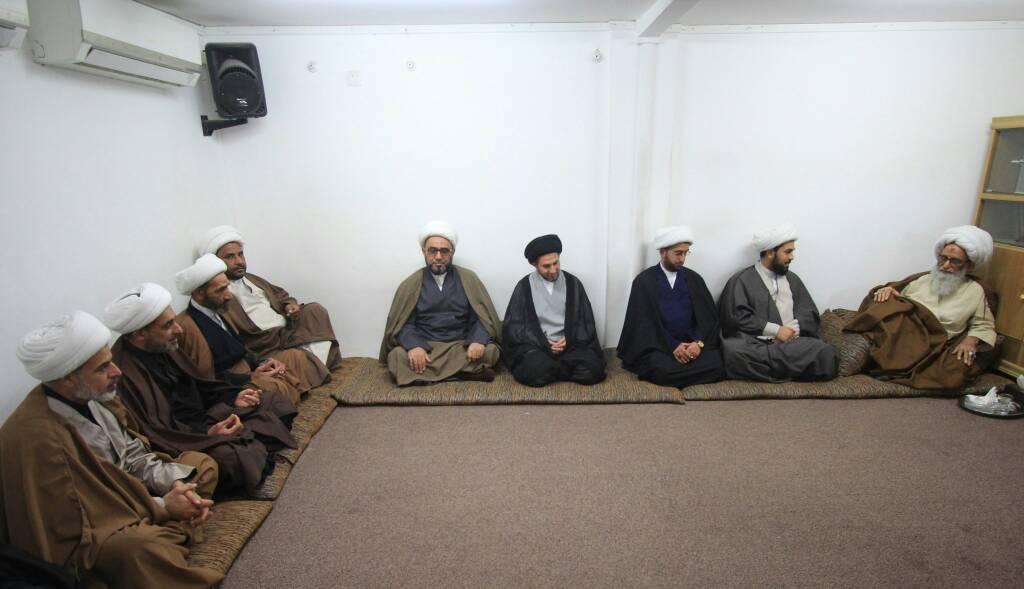 تصویر آیتالله العظمی بشیر النجفی: علما برای توقف نزاعهای قبیلهای در عراق وارد عمل شوند