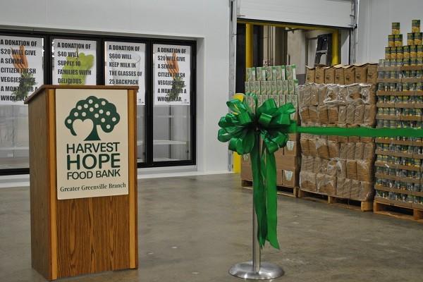 تصویر کمک مسجد و کلیسای کارولینای جنوبی به نیازمندان