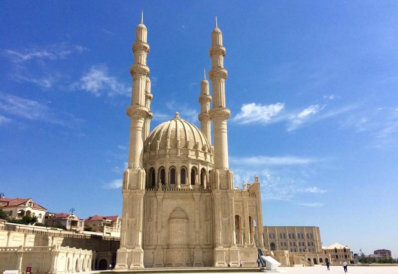 تصویر آمار بناهای مذهبی جمهوری آذربایجان اعلام شد
