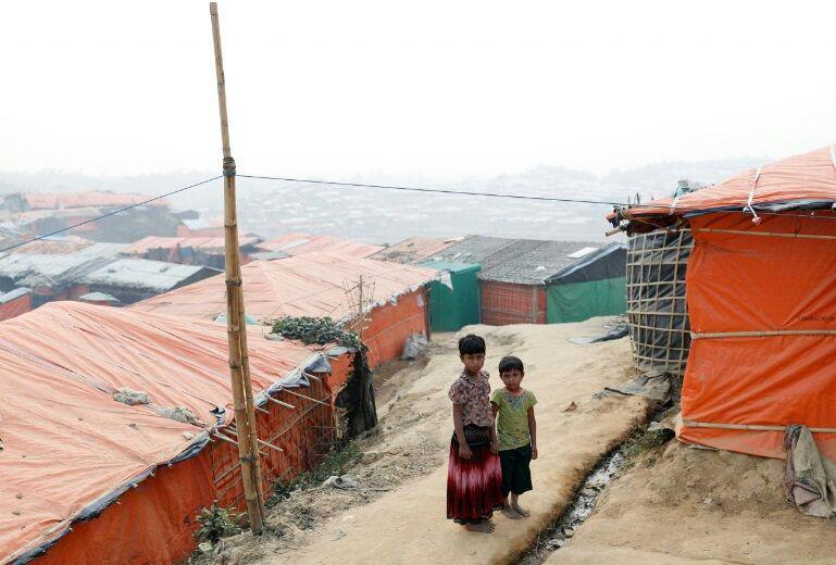 تصویر میانمار ساخت یک کمپ برای ۳۰ هزار آواره مسلمان را آغاز کرد