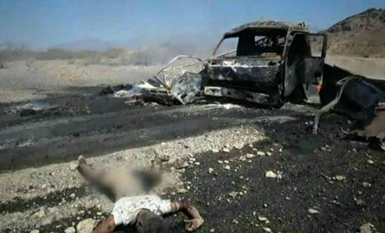 تصویر حمله جنگندههای سعودی به یک خودروی غیر نظامی در تعز