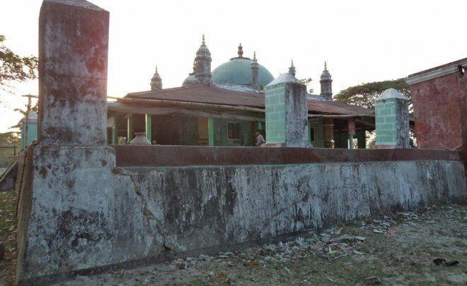 تصویر تخریب مسجدی با قدمت بیش از ۱۰۰ سال در میانمار