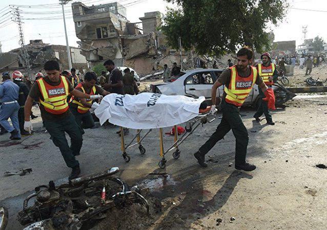تصویر انفجار خودرو بمبگذاری شده در پاکستان