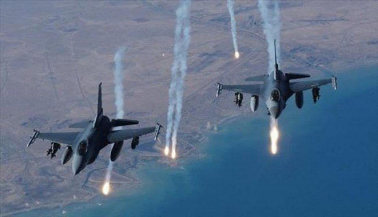 تصویر بمباران صعده در شمال یمن توسط جنگندههای سعودی