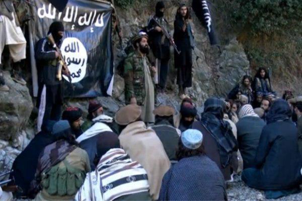 تصویر تلاش داعش برای تصرف ۲ شهر در افغانستان