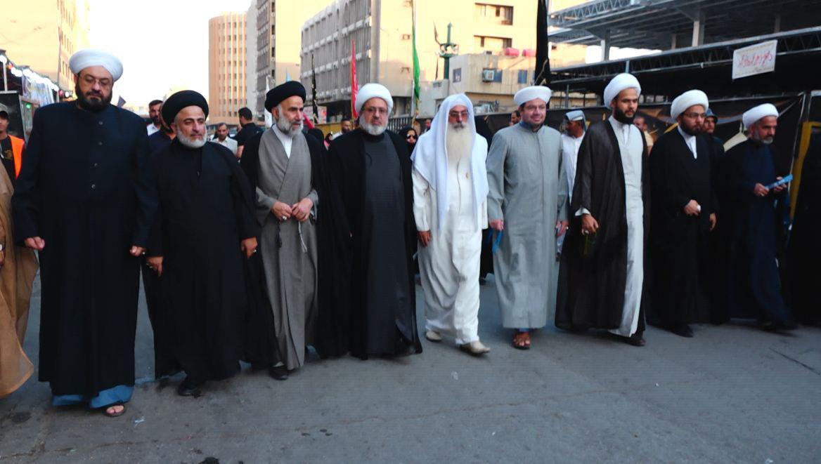 تصویر حضور بزرگان اديان مختلف عراق در پياده روی شهادت امام موسی كاظم علیه السلام