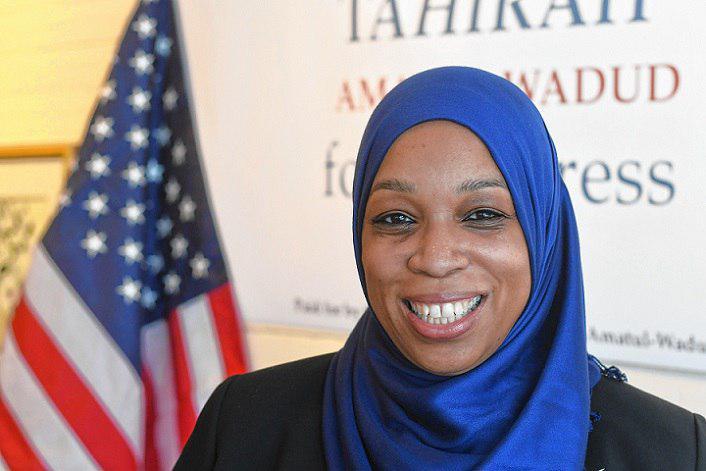 تصویر بانوی مسلمان آفریقایی تبار در انتخابات کنگره آمریکا کاندیدا می شود