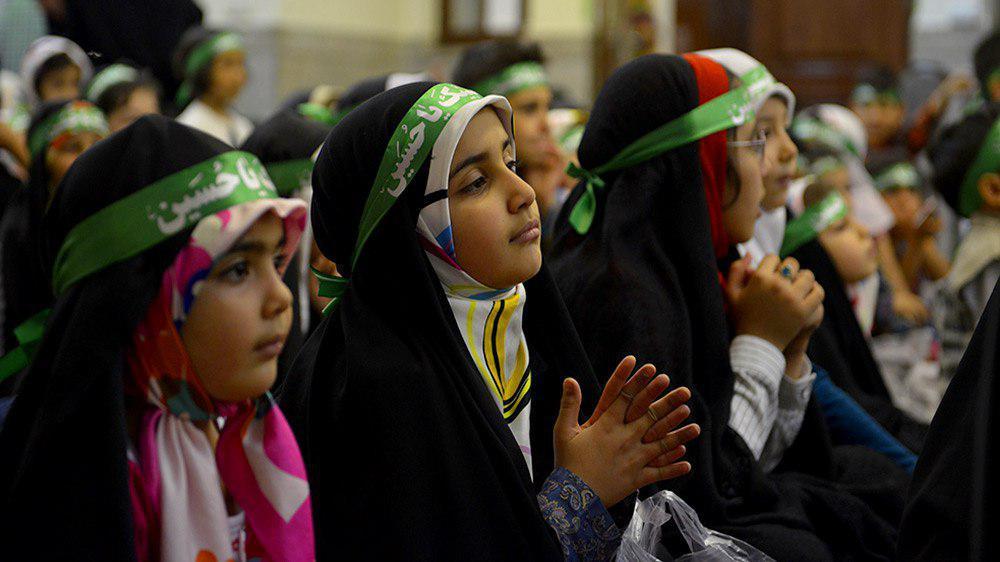 تصویر جشن کودکان حسینی در آستان عبد العظیم