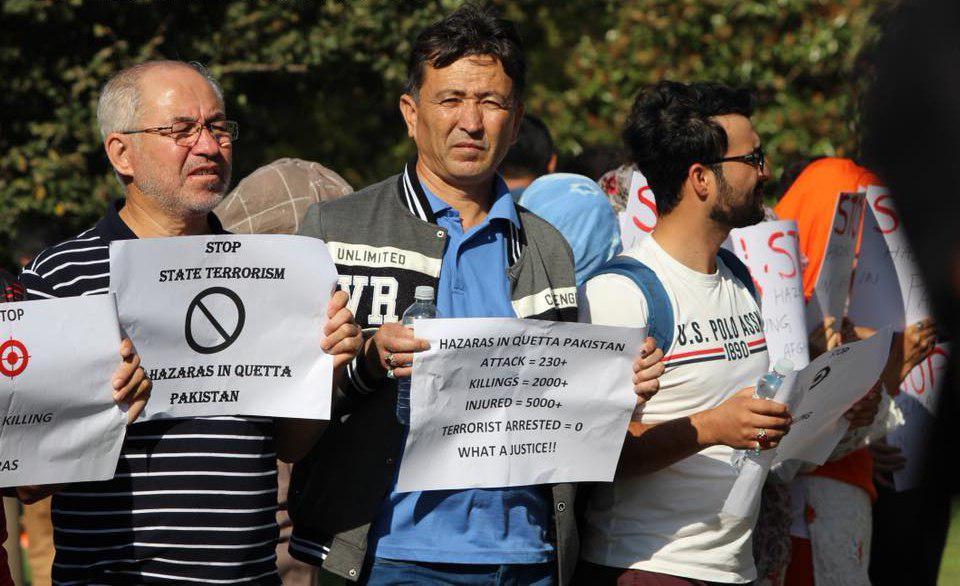 تصویر گزارش تصویری  : شیعيان ملبورن استرالیا در اعتراض به کشتار شیعیان در کویته پاکستان، تجمع اعتراضی برپا کردند