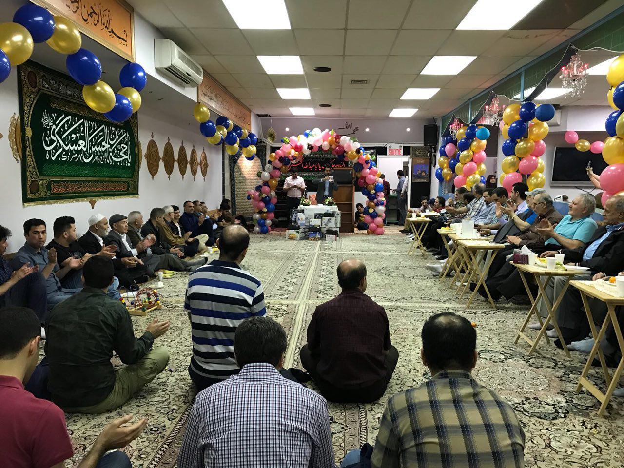 تصویر برگزاری جشن مهدوی در مرکز آیت الله العظمی شیرازی در کانادا