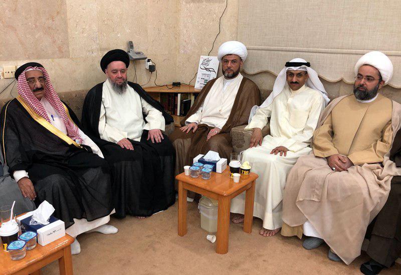 تصویر ملاقات شخصیتهای مختلف کویت با آیت الله سید حسین شیرازی