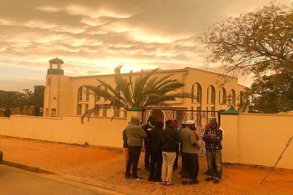 تصویر حمله تروریستی به مسلمانان در آفریقای جنوبی